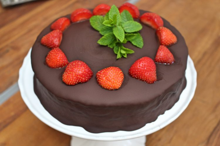 Erdbeer Schokoladen Torte Chocolate Strawberry Cake Bake With Lana